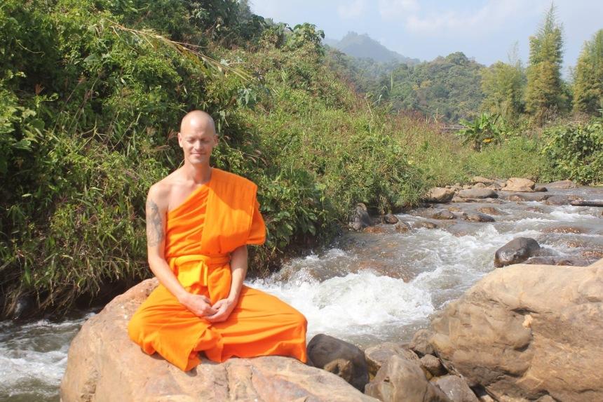 Dhamma Tapasa, Buddhist monk, Theravada Buddhism, meditation, mindfulness, spirituality